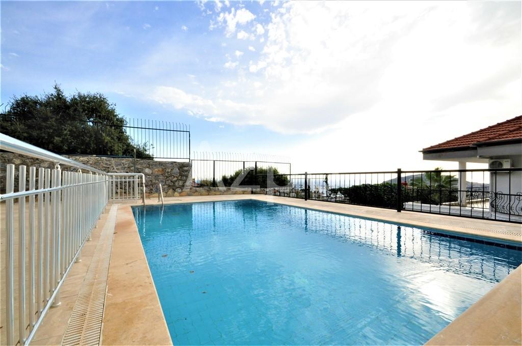 Меблированная вилла с личным бассейном - Фото 3
