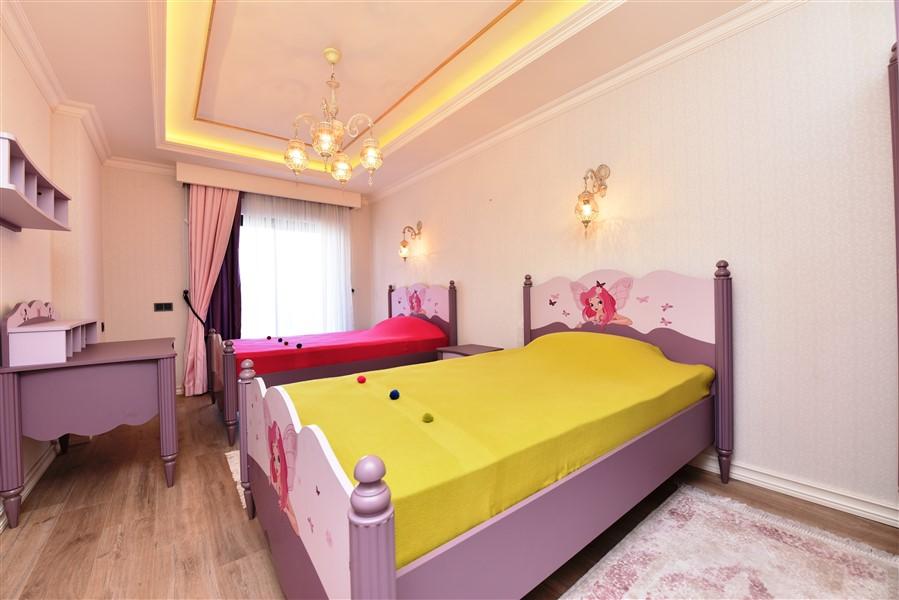 Роскошная четырёхкомнатная квартира с мебелью - Фото 29