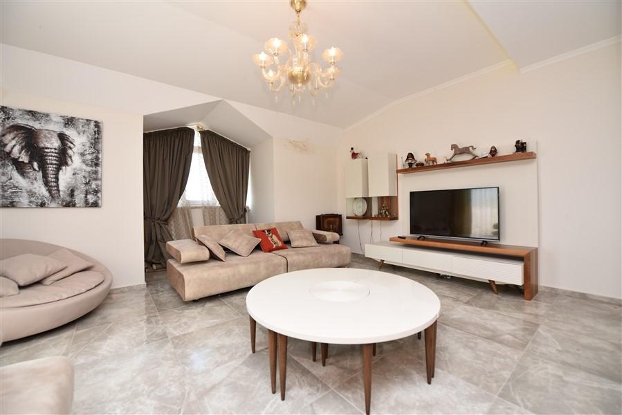 Просторный двухуровневый пентхаус 4+1 с мебелью в районе Джикджилли - Фото 27