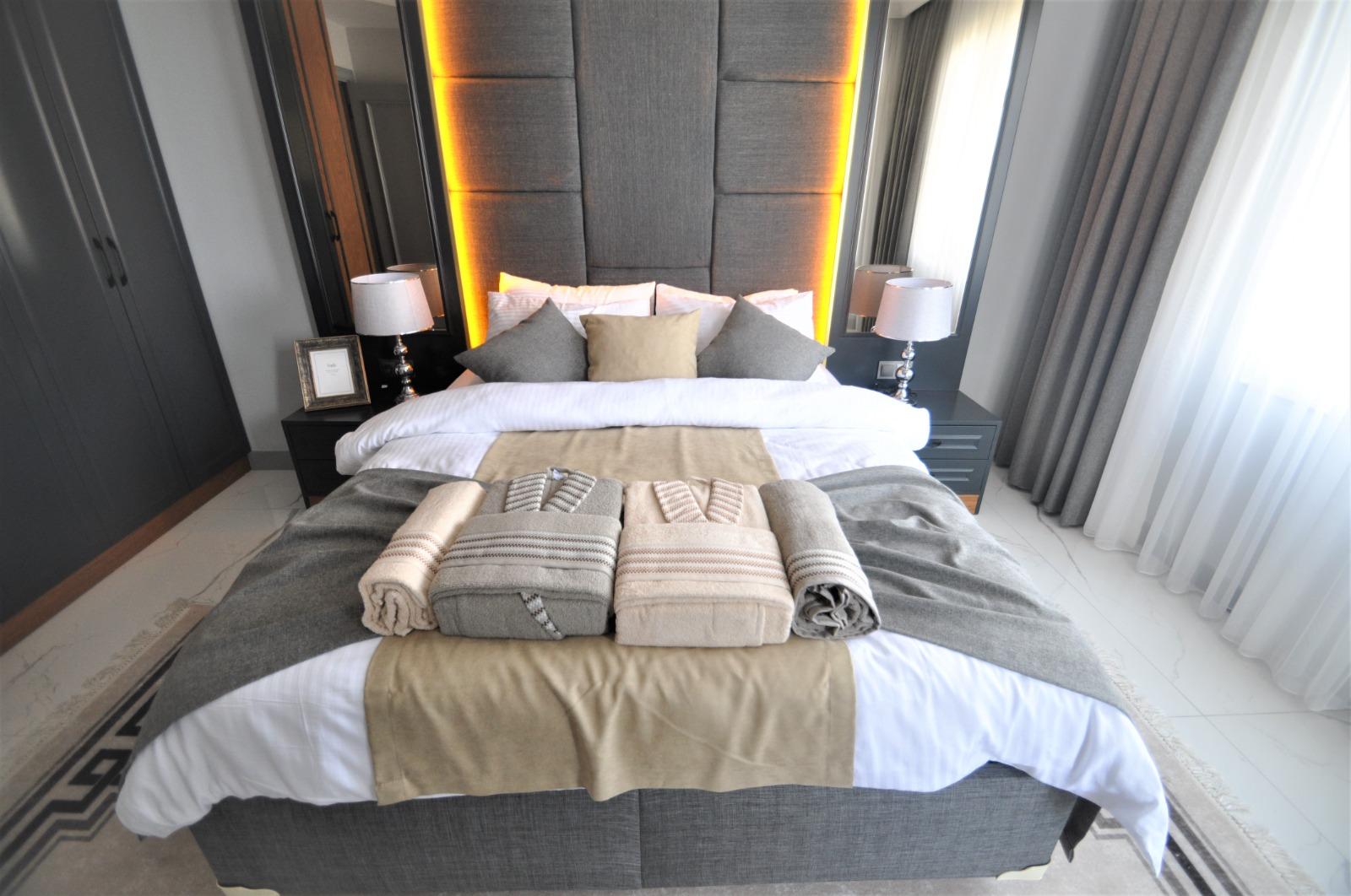 Просторная трёхкомнатная квартира с мебелью в Тосмуре - Фото 33