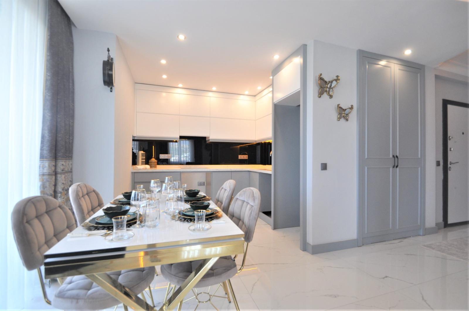 Просторная трёхкомнатная квартира с мебелью в Тосмуре - Фото 10