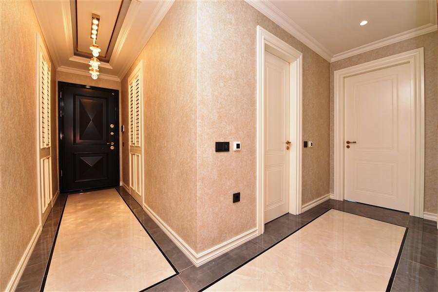 Роскошная четырёхкомнатная квартира с мебелью - Фото 18