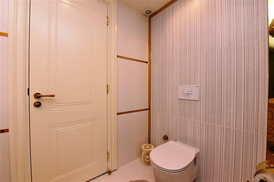 Роскошная четырёхкомнатная квартира с мебелью - Фото 38