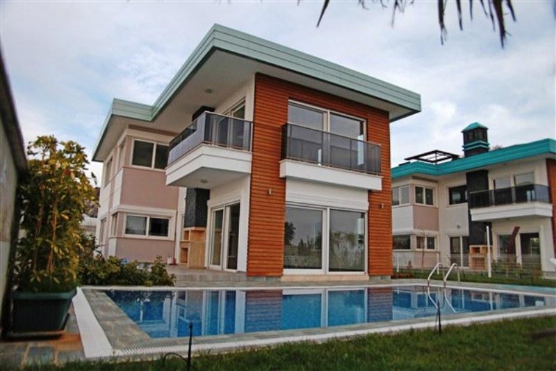 Двухэтажная вилла 4+1 с бассейном на берегу средиземного моря - Фото 19