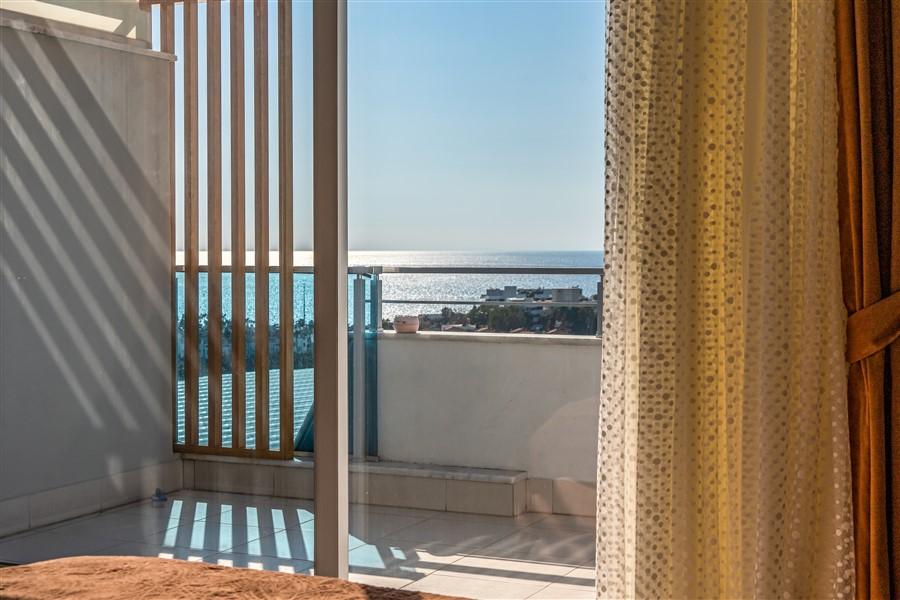 Меблированный пентхаус 4+1 с видом на море в посёлке Авсаллар - Фото 29