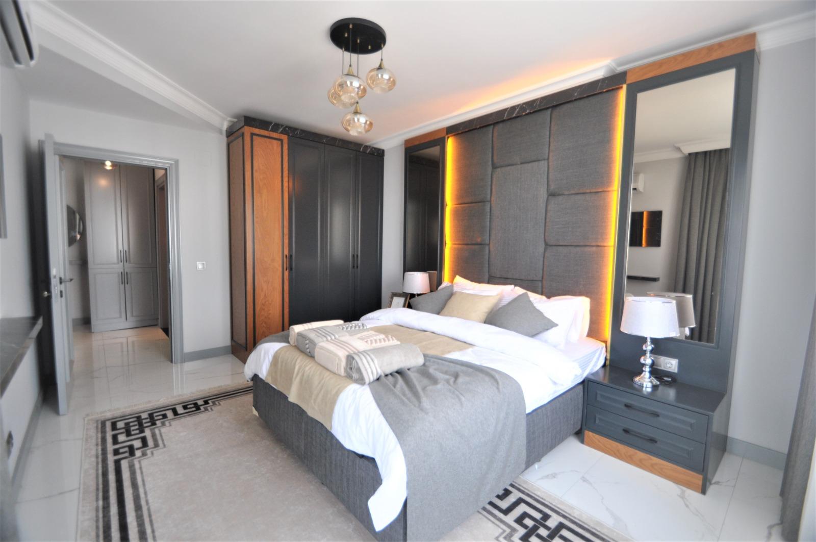 Просторная трёхкомнатная квартира с мебелью в Тосмуре - Фото 32