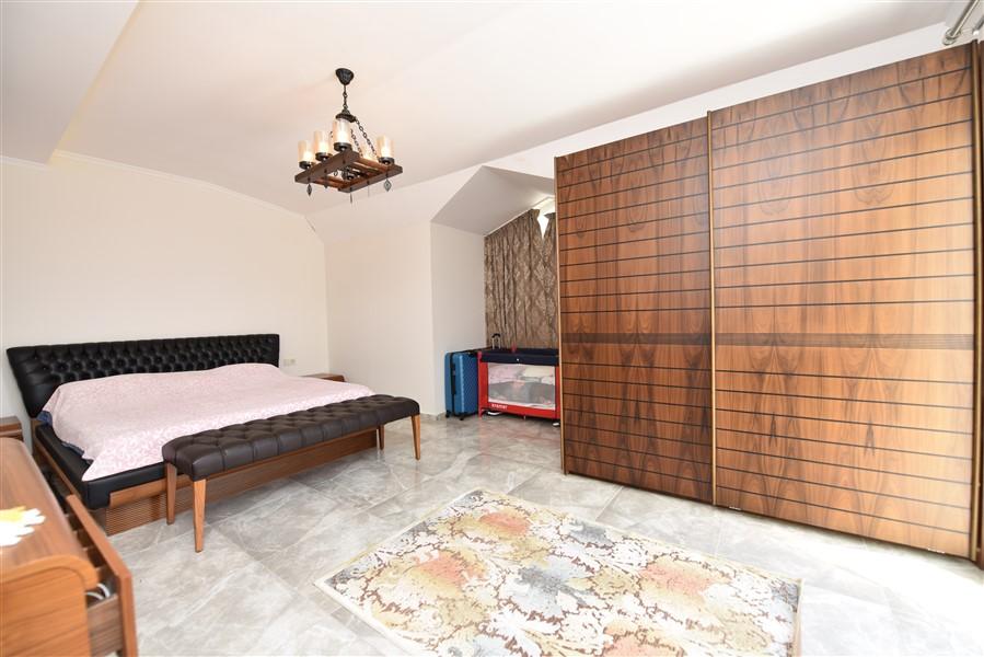 Просторный двухуровневый пентхаус 4+1 с мебелью в районе Джикджилли - Фото 32