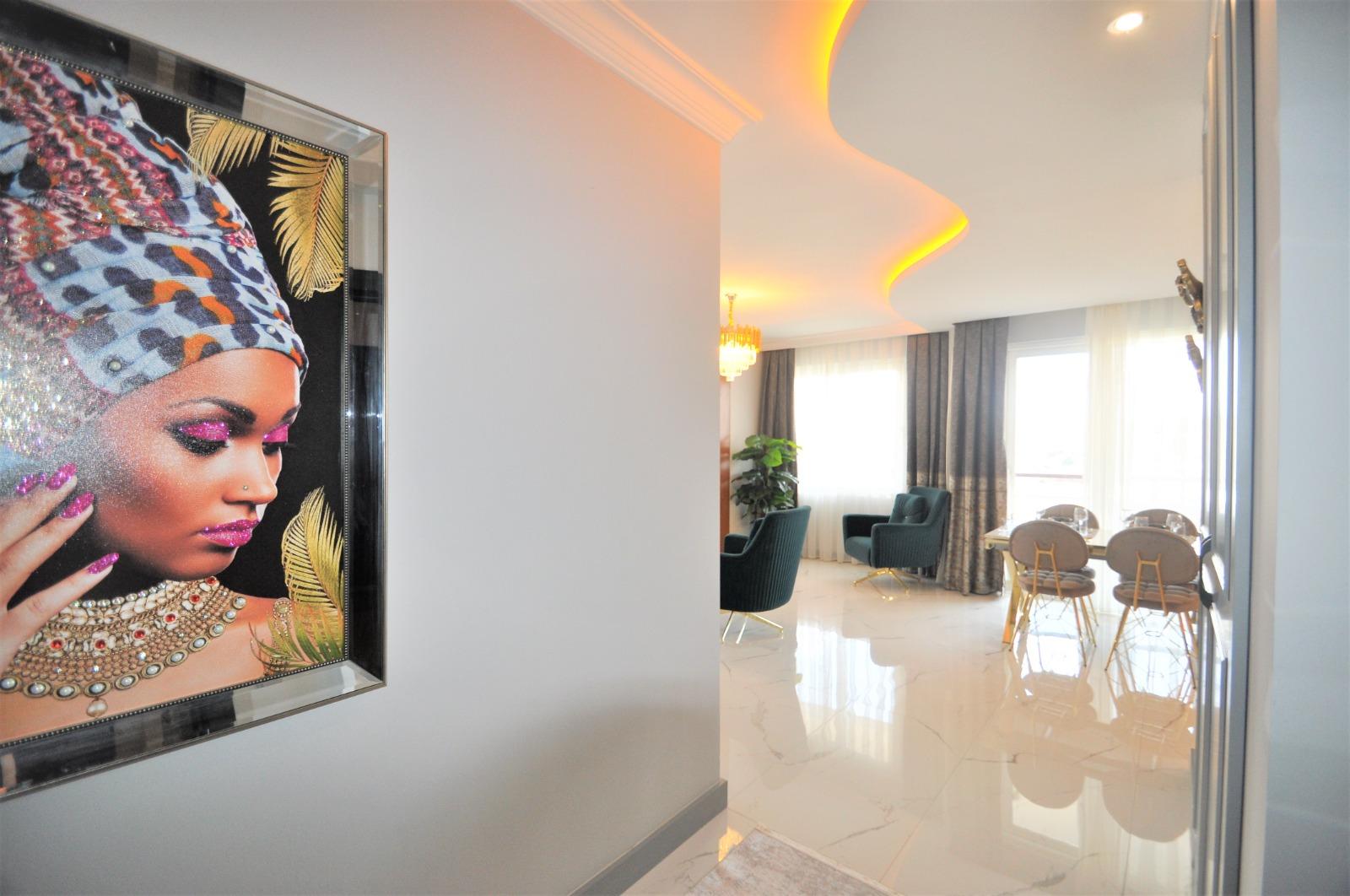 Просторная трёхкомнатная квартира с мебелью в Тосмуре - Фото 7