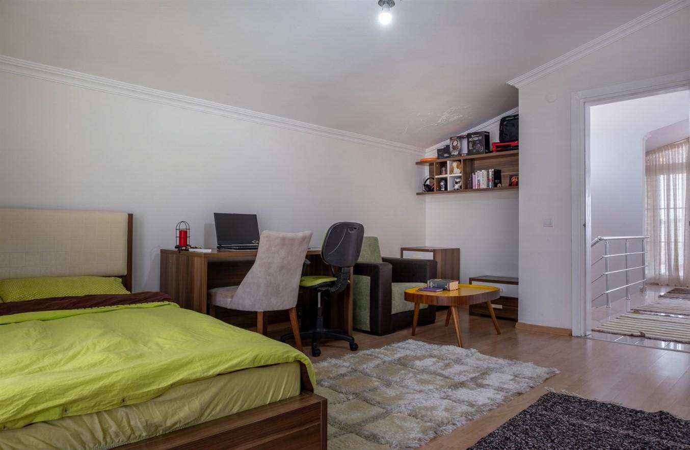 Двухуровневая квартира 5+1 в районе Коньяалты - Фото 26