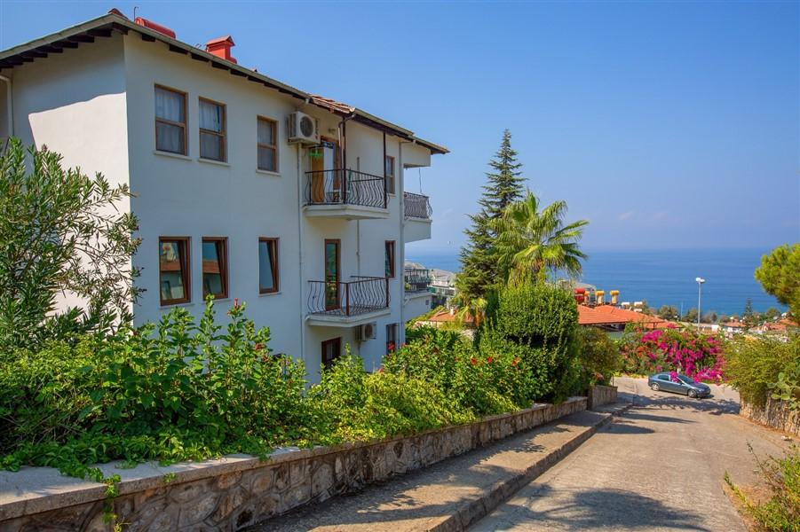 Апартаменты  2+1 в комплексе с собственным пляжем