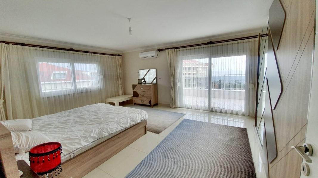 Двухуровневый пентхаус 2+1 с мебелью в районе Кестель - Фото 27
