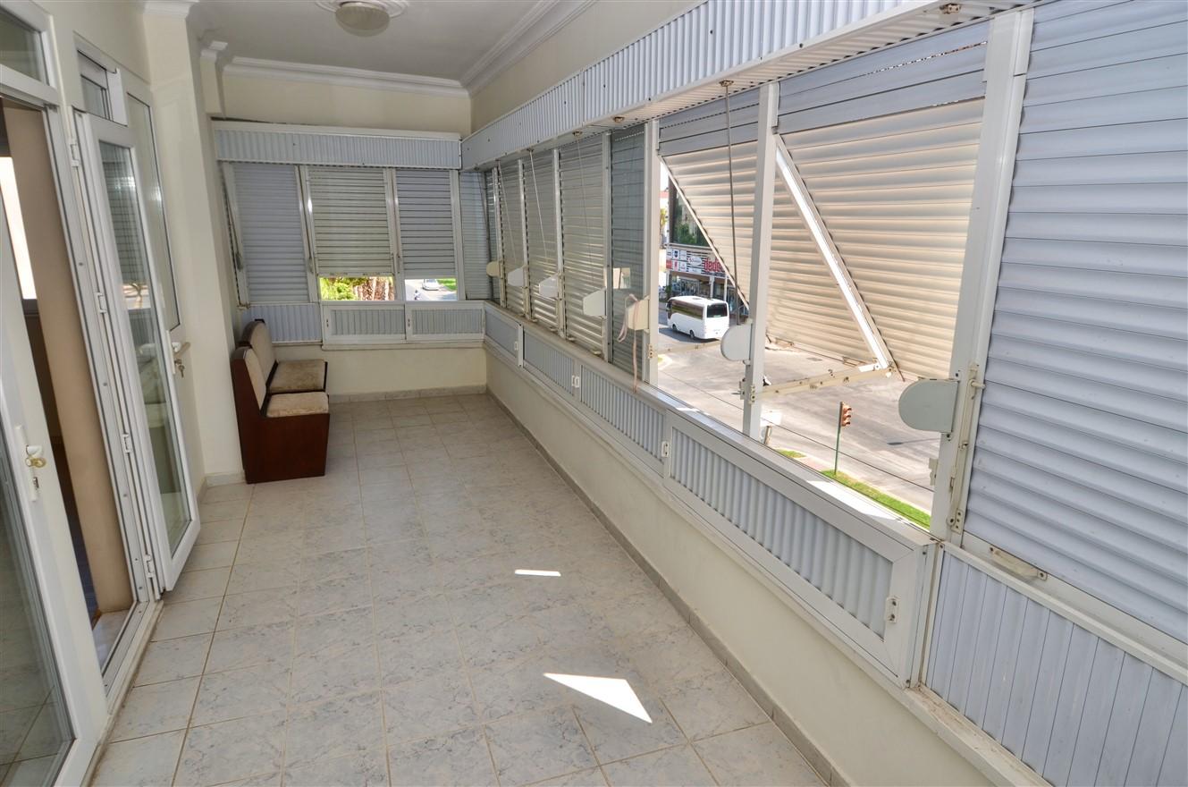 Четырёхкомнатная квартира с отдельной кухней в центральном районе Антальи - Фото 10