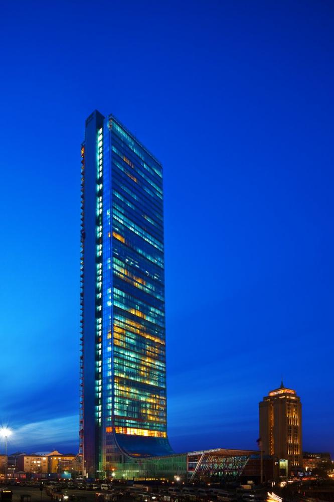 Элитная квартира в  высоком небоскребе Стамбула - Фото 2