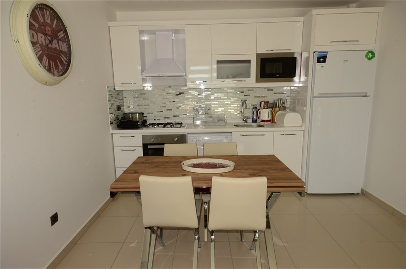 Трёхкомнатная квартира с мебелью в районе Тосмур - Фото 16