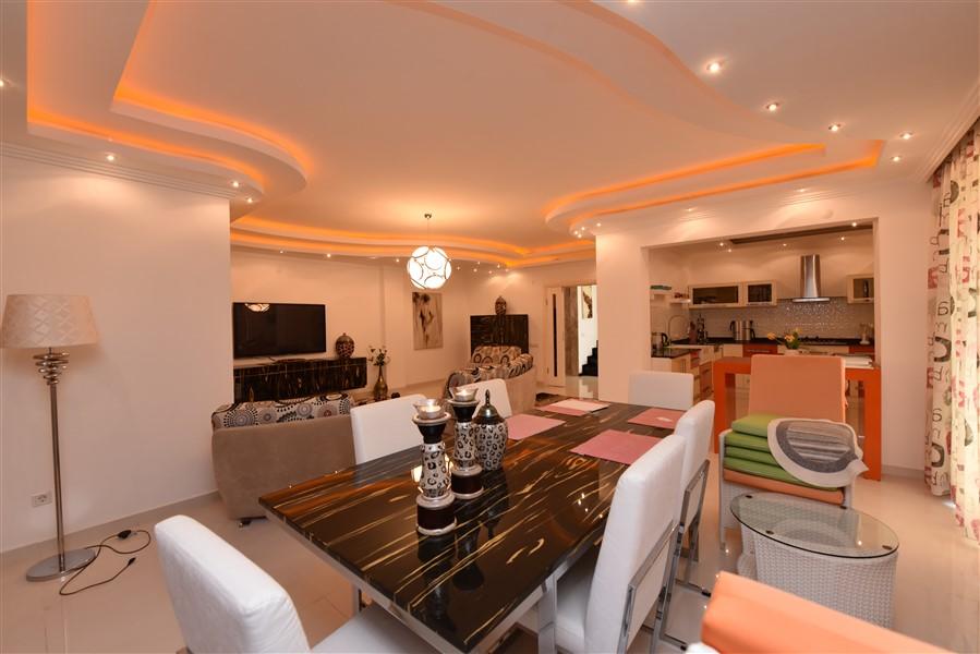 Двухуровневый пентхаус 4+1 с мебелью в центре Аланьи - Фото 23