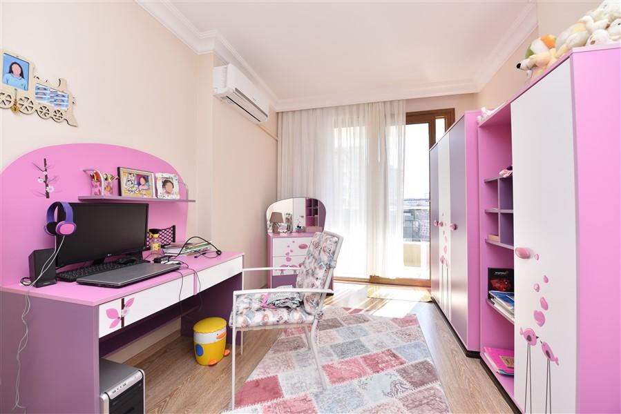 Просторная квартира 3+1 с мебелью в Аланье - Фото 16
