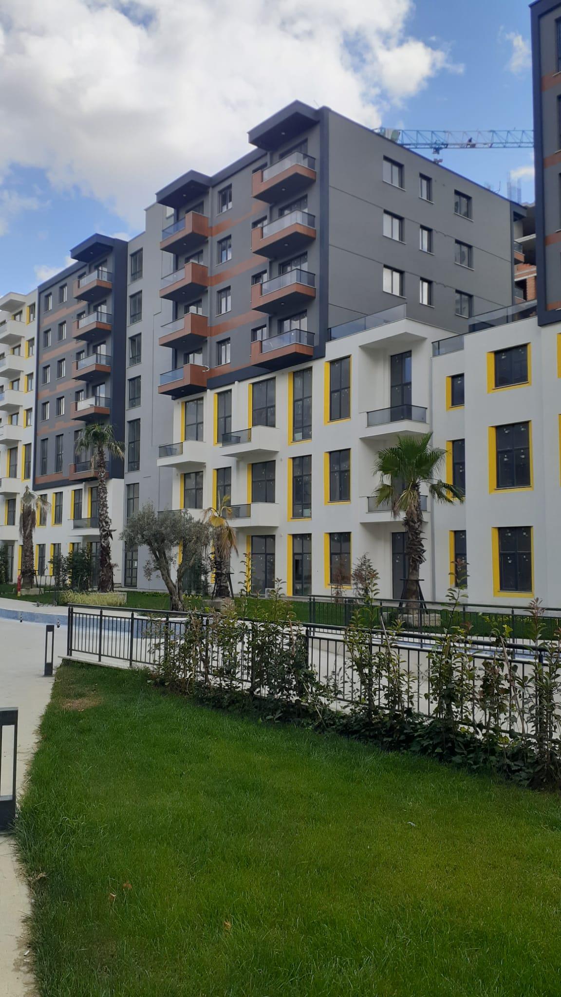 Новая трёхкомнатная квартира в районе Эсеньюрт - Фото 1