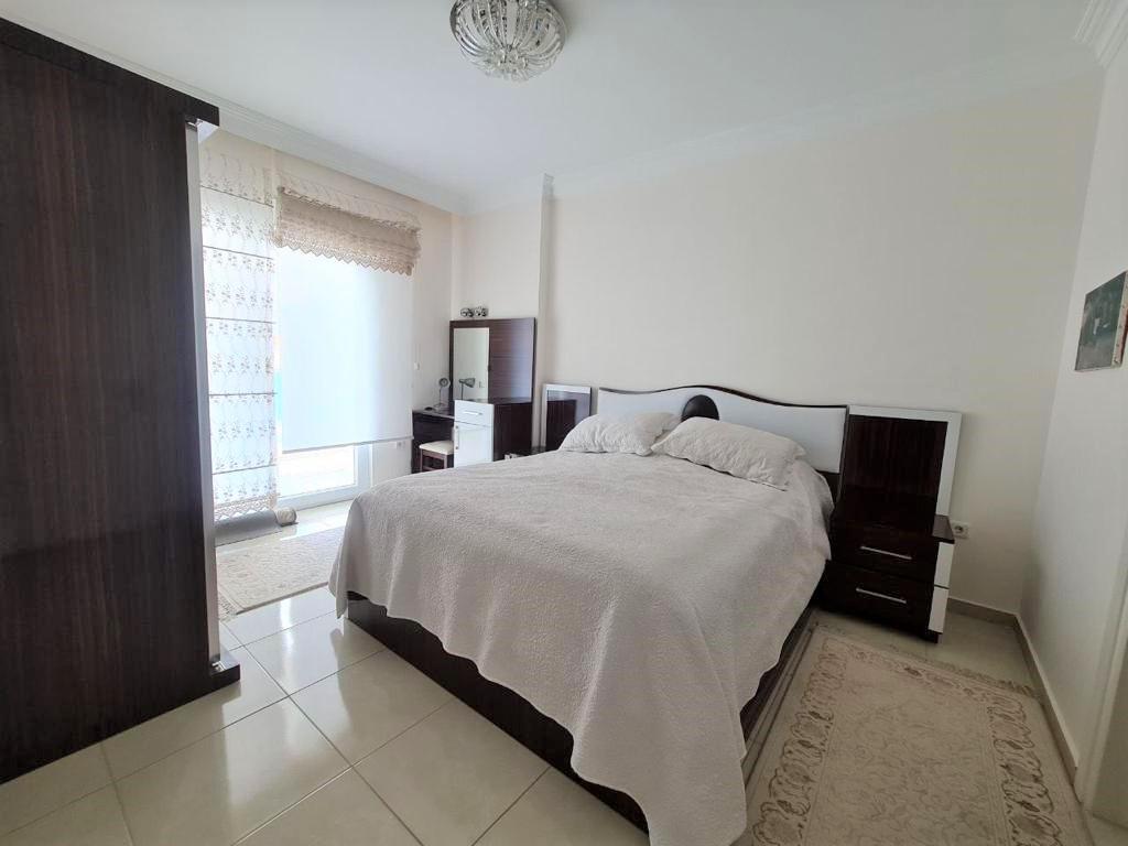 Просторную трёхкомнатную квартиру с мебелью и бытовой техникой - Фото 18