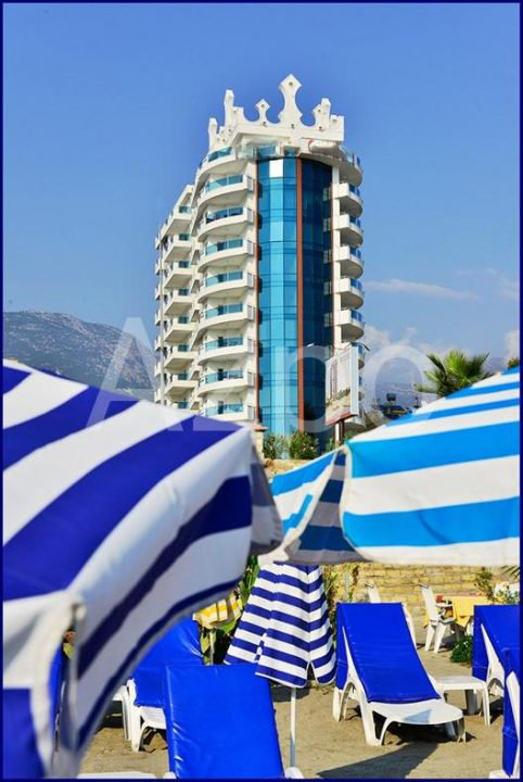 Квартира 2+1 в комплексе с собственным пляжем - Фото 17
