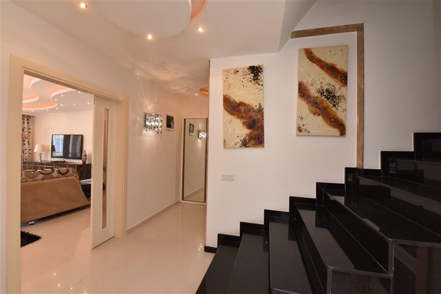 Двухуровневый пентхаус 4+1 с мебелью в центре Аланьи - Фото 5