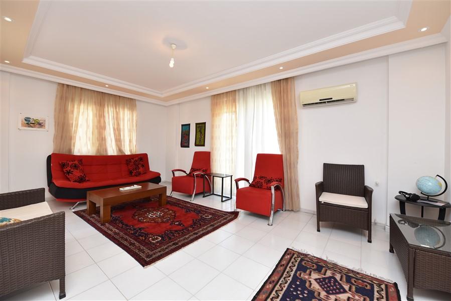Трёхкомнатная квартира с мебелью в районе Джикджилли - Фото 4