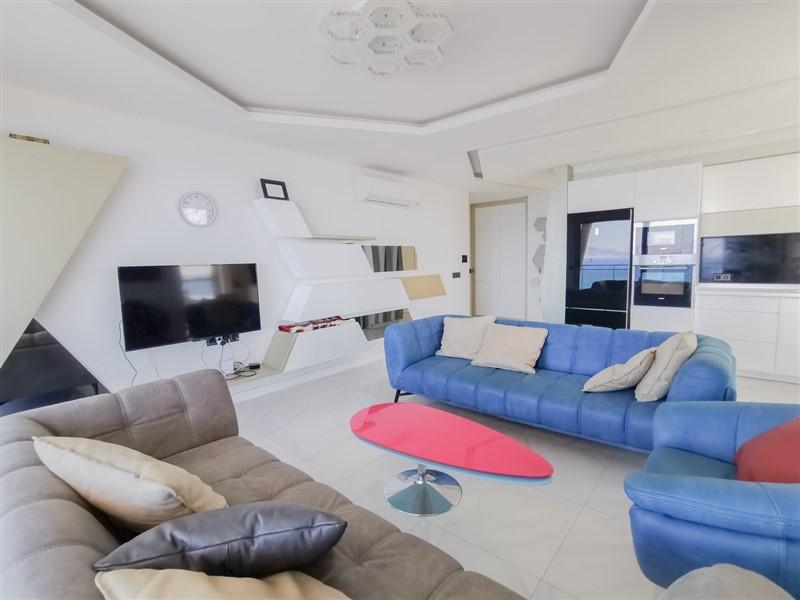 Трёхкомнатная квартира на первой береговой линии в районе Каргыджак - Фото 21