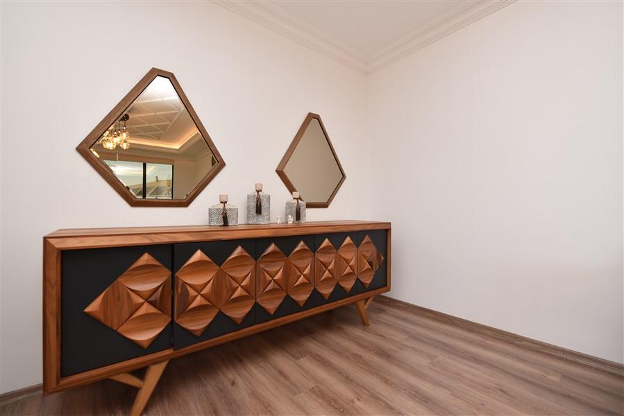 Роскошная меблированная квартира 3+1 в центральном районе Аланьи - Фото 14