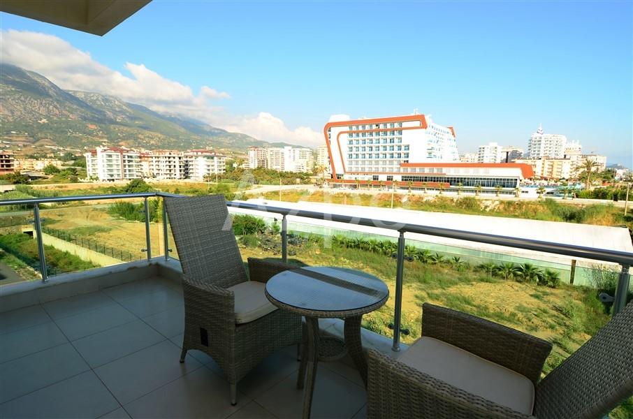 Двухкомнатная квартира с видом на море - Фото 9