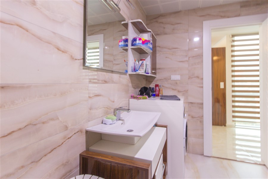 Меблированная квартира 1+1 в районе Махмутлар - Фото 25