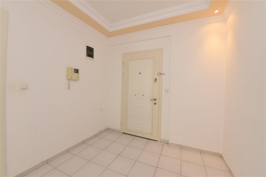 Трёхкомнатная квартира с мебелью в районе Джикджилли - Фото 3