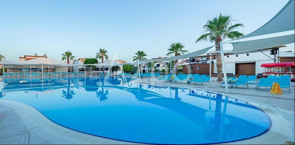 Отдельностоящая вилла в комплексе с бассейном - Фото 14