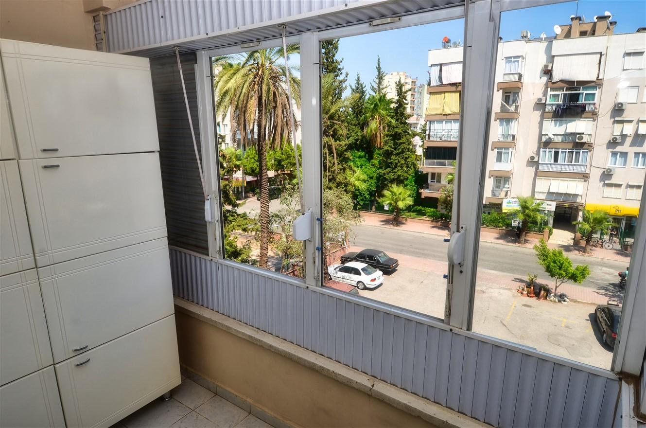 Четырёхкомнатная квартира с отдельной кухней в центральном районе Антальи - Фото 12