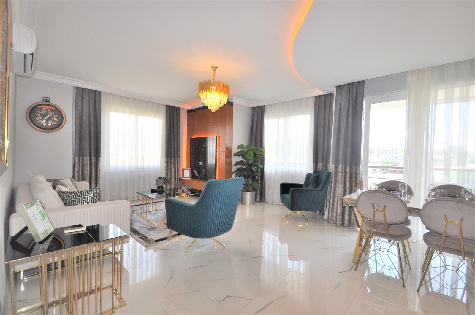 Просторная трёхкомнатная квартира с мебелью в Тосмуре - Фото 9