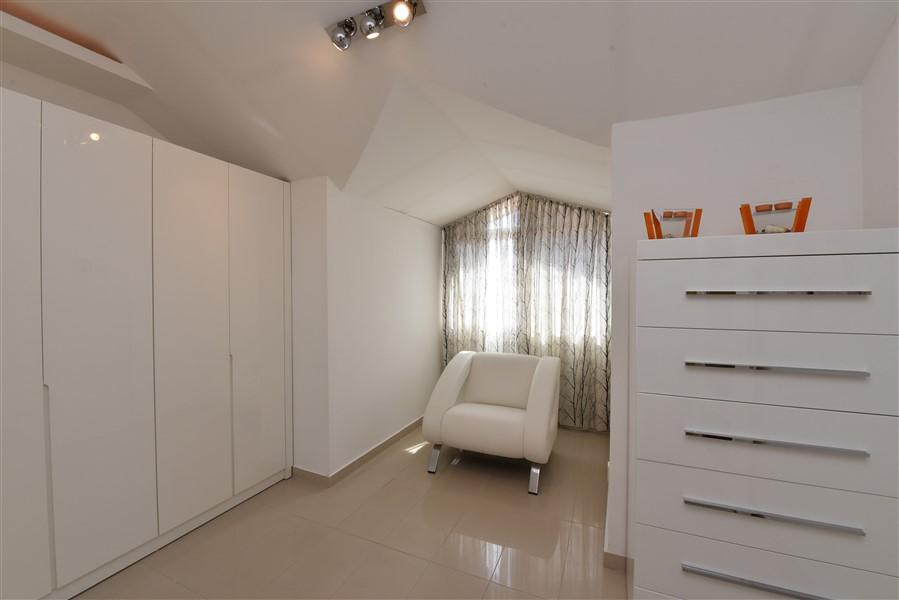 Двухуровневый пентхаус 4+1 с мебелью в центре Аланьи - Фото 42