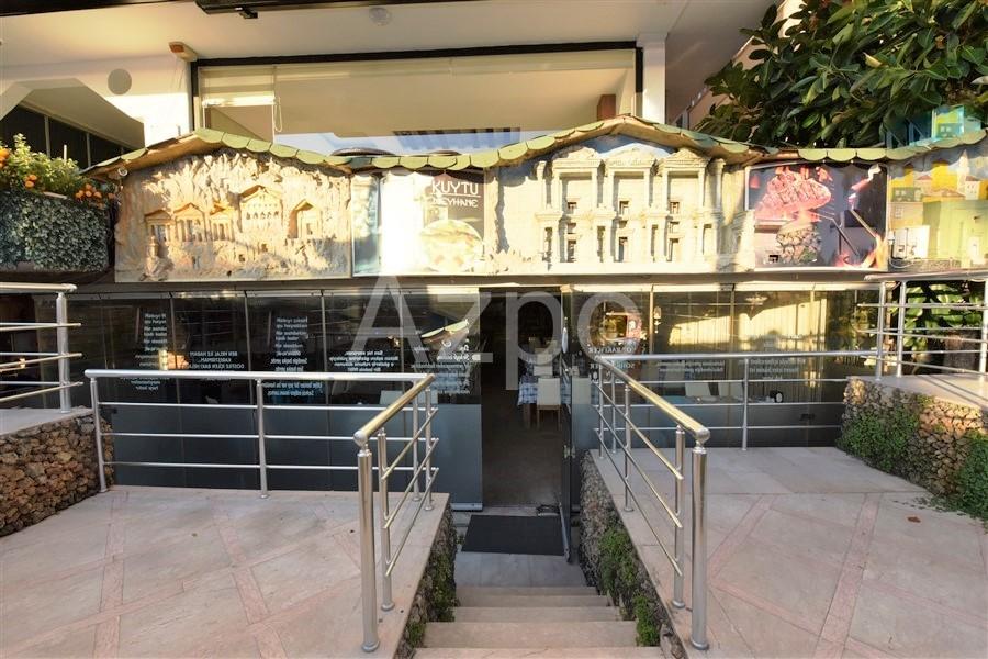 Действующий ресторан в центре города - Фото 1