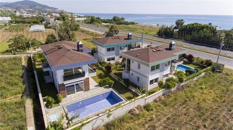 Двухэтажная вилла 4+1 с бассейном на берегу средиземного моря - Фото 3