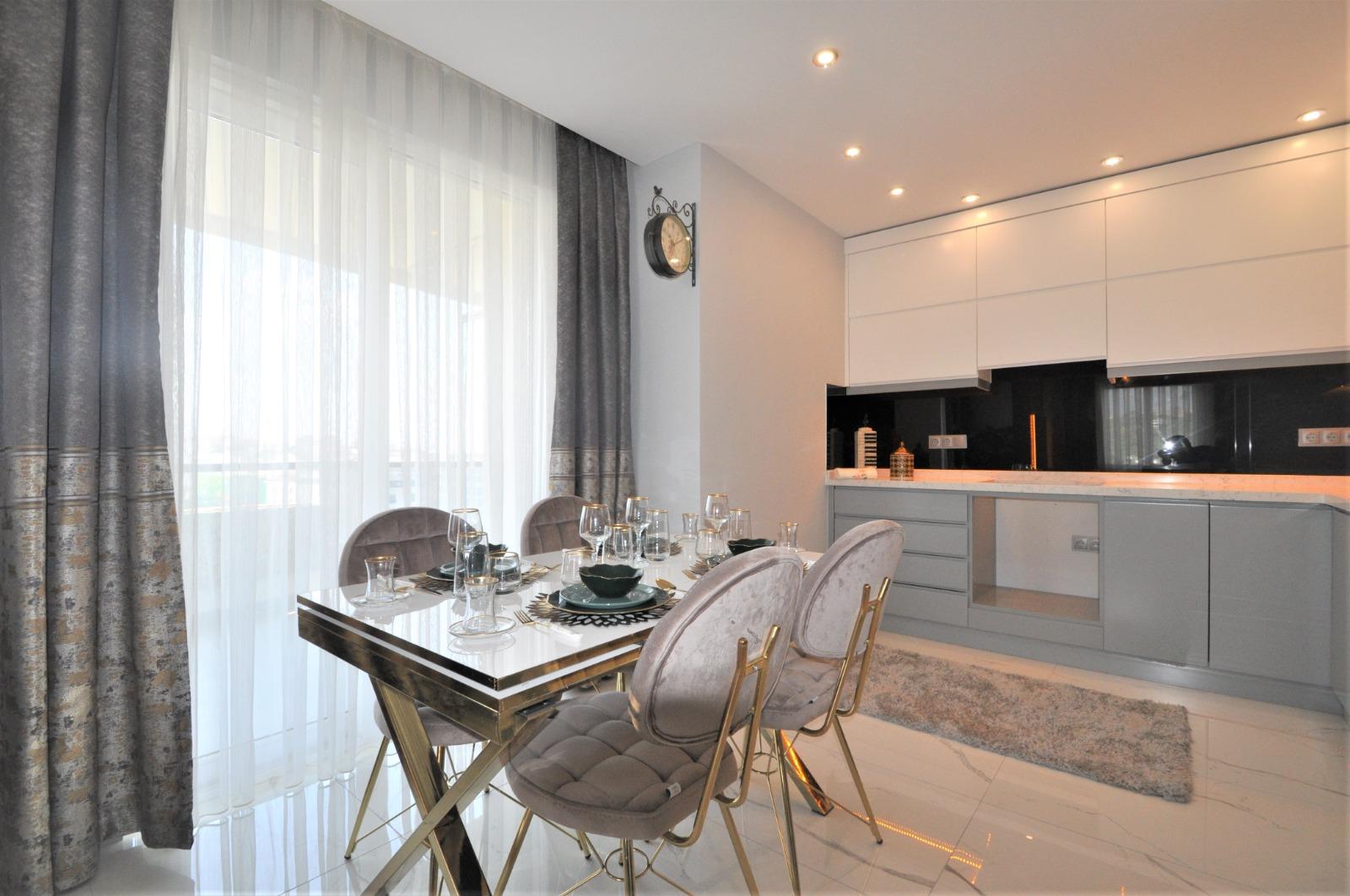Просторная трёхкомнатная квартира с мебелью в Тосмуре - Фото 8