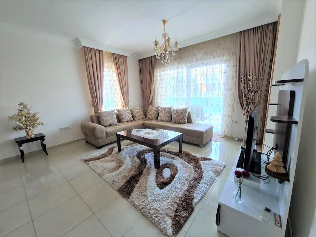 Просторную трёхкомнатную квартиру с мебелью и бытовой техникой - Фото 9