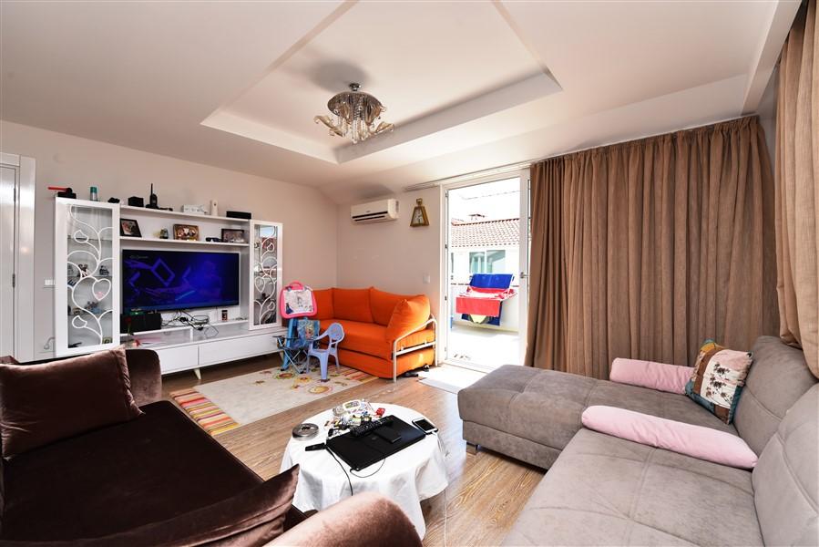 Двухуровневый пентхаус 3+1 с мебелью в районе Кестель - Фото 14