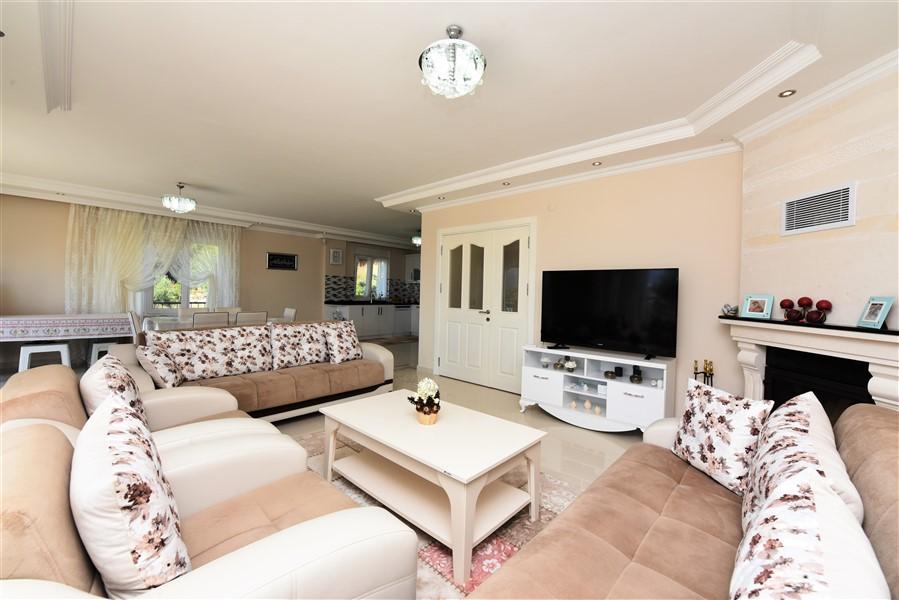 Двухуровневая вилла 3+1 с мебелью в районе Каргыджак - Фото 16