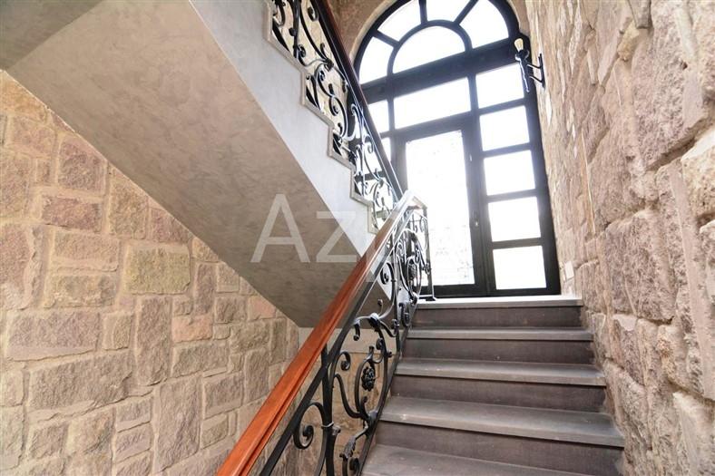 Вилла стилизованная под старинный особняк - Фото 23