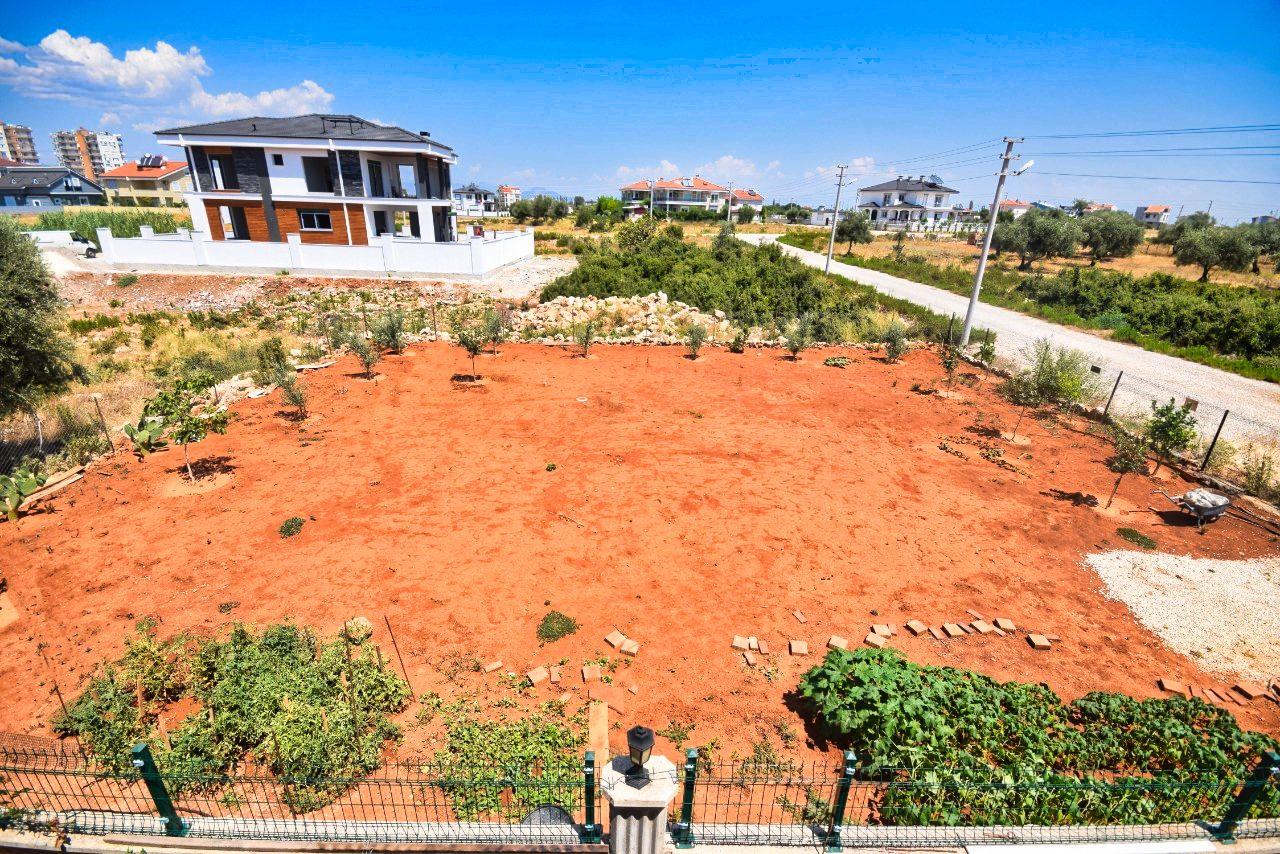 Просторная вилла с земельным участком - Фото 30
