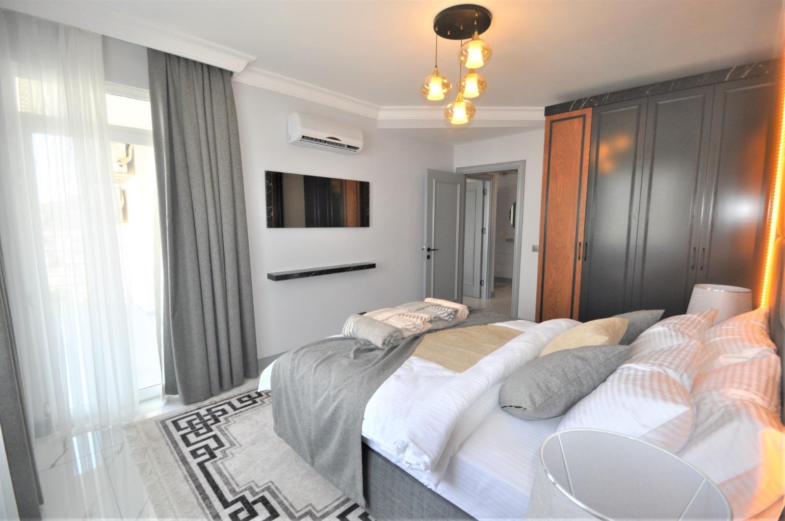 Просторная трёхкомнатная квартира с мебелью в Тосмуре - Фото 30