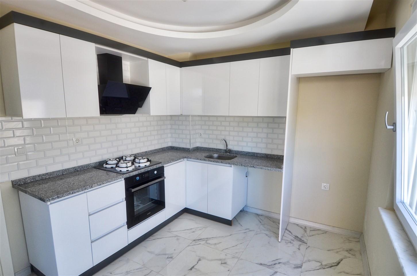 Трёхкомнатная квартира с отдельной кухней в районе Кепез - Фото 10