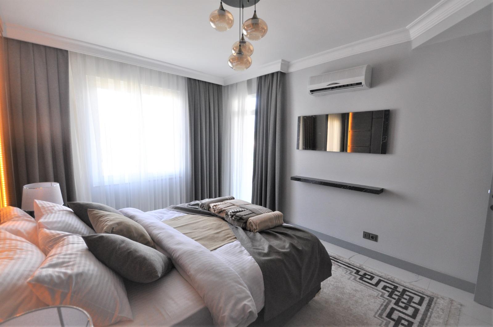 Просторная трёхкомнатная квартира с мебелью в Тосмуре - Фото 29