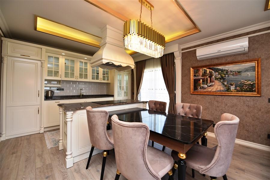 Роскошная четырёхкомнатная квартира с мебелью - Фото 26