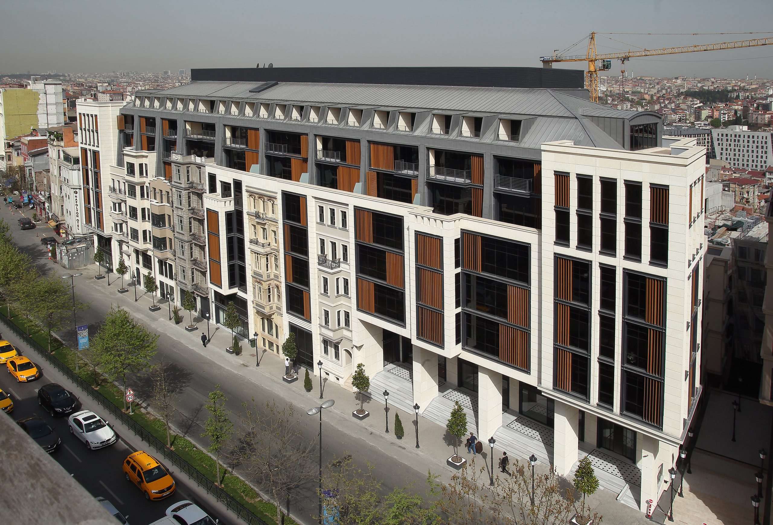 Готовые квартиры в рассрочку в центре Стамбула - Фото 1