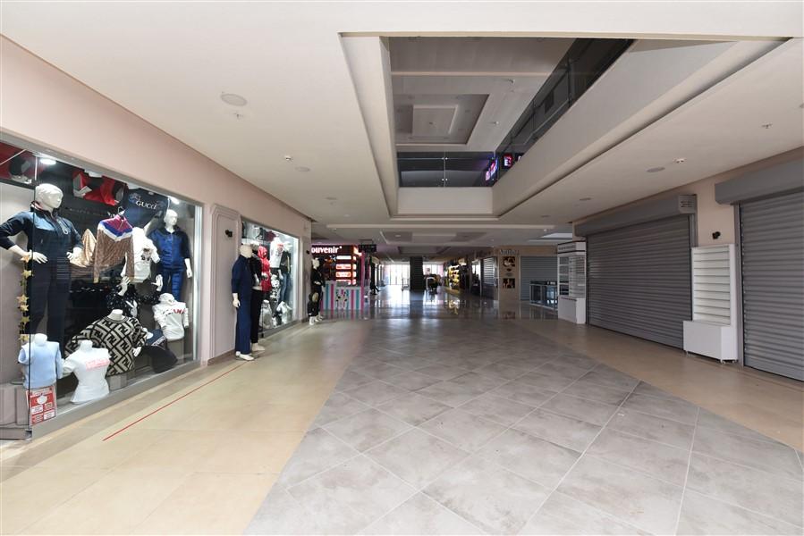 Торговое помещение в ТЦ в центре Окурджалара - Фото 2