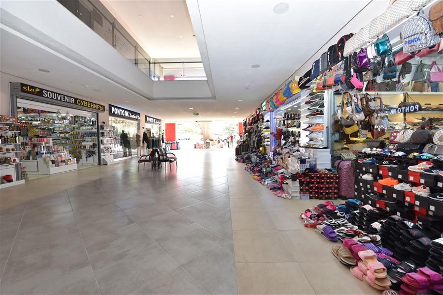 Торговое помещение в ТЦ в центре Окурджалара - Фото 3