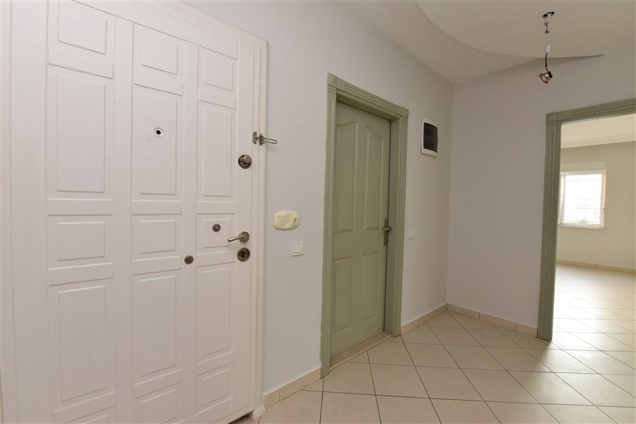 Трехкомнатная квартира в районе Оба - Фото 1
